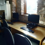it-suite-with-seven-workstations