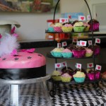 delicious-cakes-made-for-the-tea-party